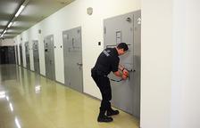 El TC resol que es va vulnerar el dret a la llibertat d'un home en presó provisional