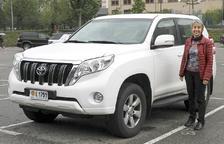 Bibiana Rossa posa amb el seu jeep.
