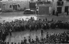 Vista de la plaça Benlloch mentre es llegia la sentència.