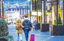 La millora econòmica al sector turístic no arriba al comerç