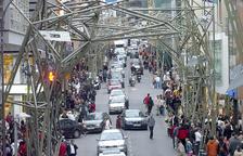 El projecte de Benedetta Tagliabue col·locat a l'avinguda Meritxell.