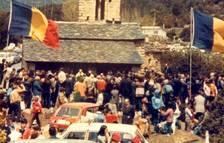 La diada el 1981 amb centenars de persones.