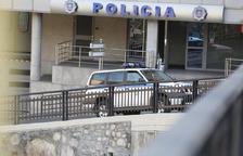 Detingut un home per agredir un taxista i l'empleat d'una estació de servei