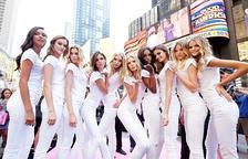 La seva marca, Pink, centrada en un públic més jove, ha disminuït els ingressos en un 33% des de l'any 2015