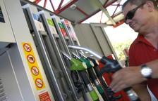 El preu dels carburants creix un 15%durant el mes d'agost