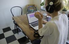 Un estudi de gravació escolar al núvol