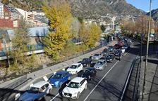 El Futbol Club Andorra i la zona blava, als set tuits