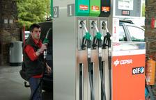 La importació de carburants va augmentar a l'abril un 11% respecte a l'any anterior
