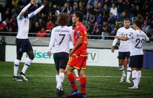 França no dona marge a la sorpresa i derrota 0-4 a la selecció