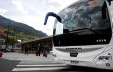 Les companyies mantenen totes les línies d'autobús que viatgen a Espanya