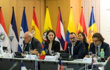 Set persones a temps complet per a la Cimera Iberoamericana