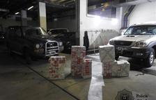 Detinguts dos turistes amb 3.400 paquets de tabac en un aparcament públic