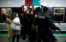 Jornada negra per al transport en la vigília d'una nova mobilització