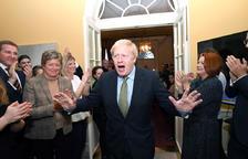 Johnson aconsegueix la majoria absoluta per culminar el Brexit