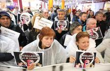 Fluixa resposta a la concentració de sindicats i entitats