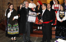 El grup de folklore portuguès canta les Janeiras a la catedral
