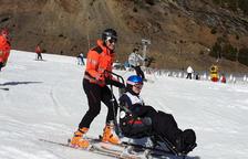 Esquiar sense que la discapacitat sigui un fre