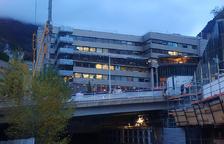 La façana de l'escola del sistema andorrà Maria Moliner a Escaldes-Engordany.
