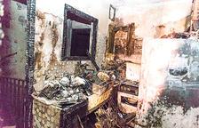 El bloc i el pis cremat no tenen assegurança