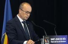 El ministre Rossell en la festa de bombers el 12 de març passat