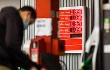 Els importadors de carburants afirmen que perdran un 30% de les vendes