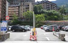 L'aparcament del Prat Gran de Sant Julià de Lòria.