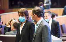 Rebaixa salarial per trams a partir de 4.000 euros dels càrrecs de confiança