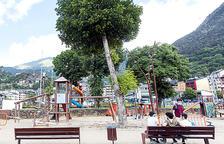 Els comuns tornaran a obrir els parcs infantils a partir del juliol
