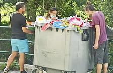 Buscant entre les escombraries