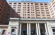La façana de l'hospital Vall d'Hebron.