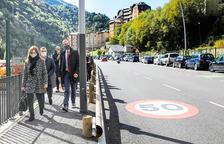El Govern instal·la tres radars que no multaran al nou vial de Sant Julià
