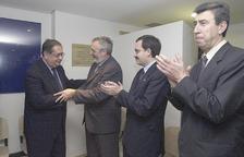 El ministre d'Afers Exteriors portuguès Jaime Gama –esquerra– a la inauguració.