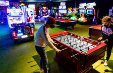 Bars oberts de tarda i recreatius tancats