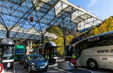 Espanya exigeix una PCR negativa als francesos que viatgin per carretera