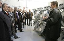 Inauguració de l'eTR amb les explicacions de Marc Calvet a les autoritats.