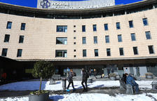 Aïllada la tercera planta de l'hospital per un brot
