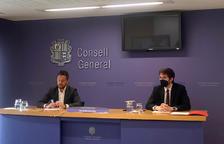 El president del grup parlamentari del PS, Pere López, i el conseller Roger Padreny.