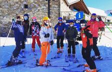 El primer dia d'esquí escolar.