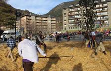 El Ball de l'Ossa se celebra amb totes les localitats exhaurides