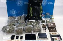 La droga i el material intervingut a l''operació Elit'.