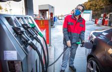 Les benzineres podran instal·lar carregadors per a vehicles elèctrics