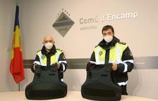 Les armilles que porten des del gener els agents de circulació d'Encamp.