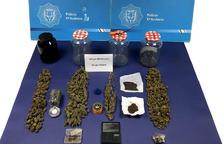 Quatre detinguts per vendre marihuana a menors