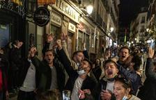 Espanya exigeix una PCR als gals que entrin per carretera