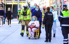 Incendi amb ferits lleus a l'avinguda Carlemany