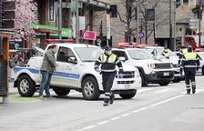 Detingut per l'intent d'atropellament a dos urbans