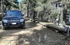 Destrosses de cotxes andorrans al Parc de l'Alt Pirineu