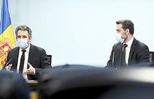 El ministre Jover i el secretari d'Estat Ballestà, ahir en la presentació de l'avaluació de l'FMI.