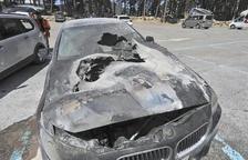 Incendi d'un cotxe a l'aparcament d'Engolasters