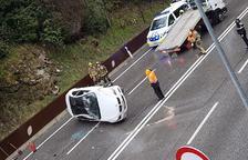 Detingut per conduir ebri l'accidentat a la Bartra